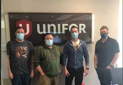 Unifor Local 39-11 City Paramedics bargaining committee (CNW Group/Unifor)