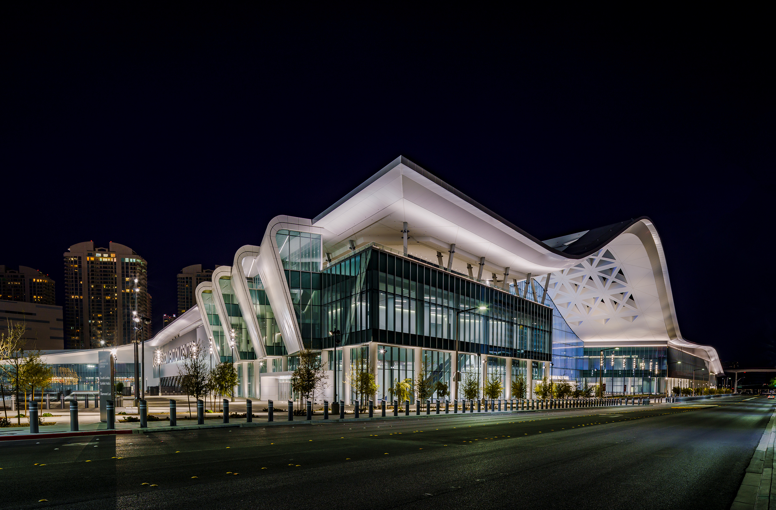 The $1 billion Las Vegas Convention Center West Hall expansion as seen at night